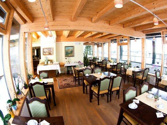 Hotel Klingler: Frühstücks-Wintergarten