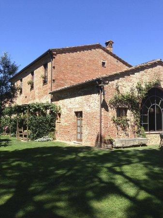 Il Gorgo: Converted farm house
