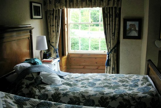 Norton House: Very comfortable room with lovely view.