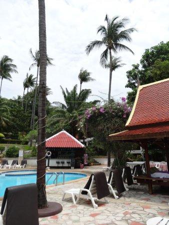 NovaSamui Resort Koh Samui: at the pool