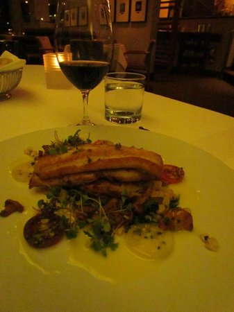 Scaramouche Restaurant: A feast to the eyes and palate.