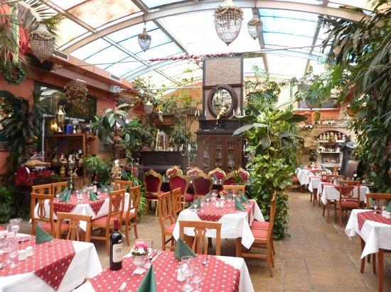 Hotel & Ristorante Don Giovanni: Restaurant met allerlei fasciliteiten