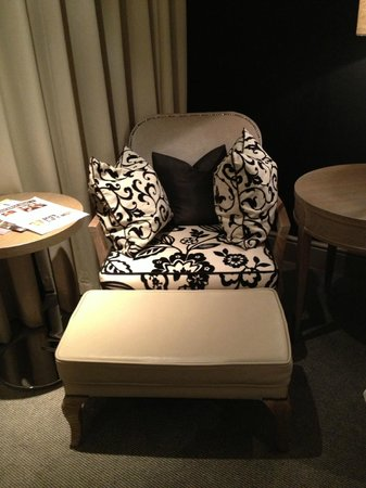The Bloomsbury : Relaxing and comfy chair