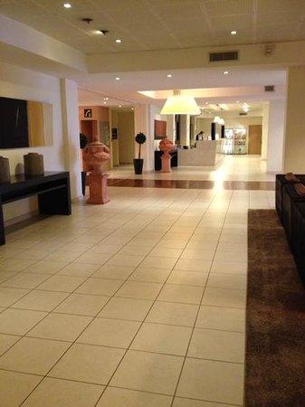 Eliseo Hotel: l'entrata