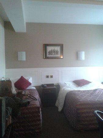 BEST WESTERN Eviston House Hotel: Comfortable room