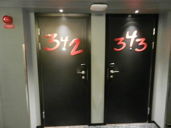 Comfort Hotel Xpress Stockholm Central: Porte delle camere