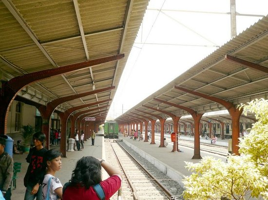 Kota Station: Stasiun Kota