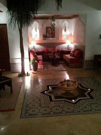 Riad Viva: The courtyard at night