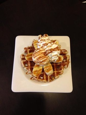 Moka Coffee & Gallery : My partner's favourite yummy banana caramel waffel
