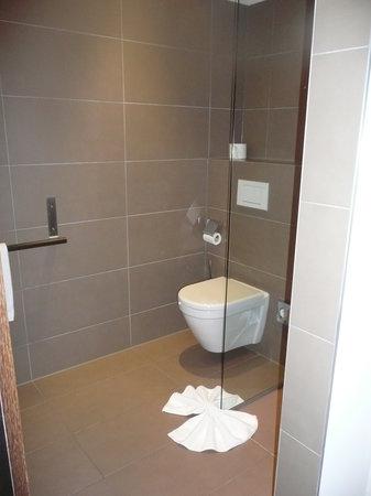 Falkensteiner Hotel Am Schottenfeld : il bagno
