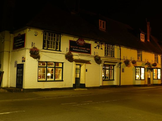 White Horse Inn: View of outside at night