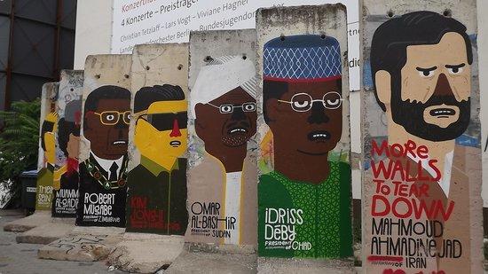berlin wall murals @ checkpoint charlie