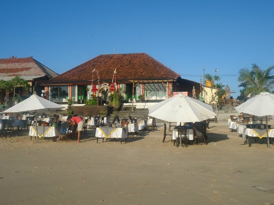 Romantic Dinner in Jimbaran Bay: Jimbaran Restaurant