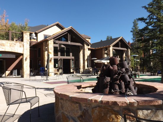 Lodgepole Bar & Grill: Fire Pit
