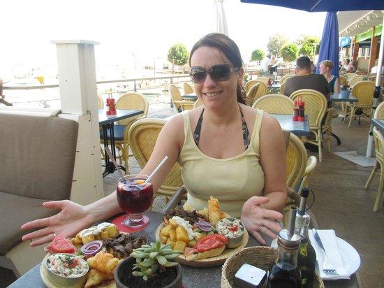Café Bar Oliva: Tapas time !!!