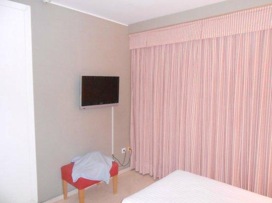 Hotel Jardines del Turia: room