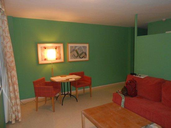 Hotel Jardines del Turia: living room