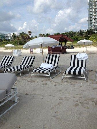 W South Beach: Playa