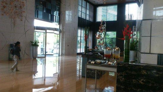 Four Points by Sheraton Guangzhou Dongpu : Lobby