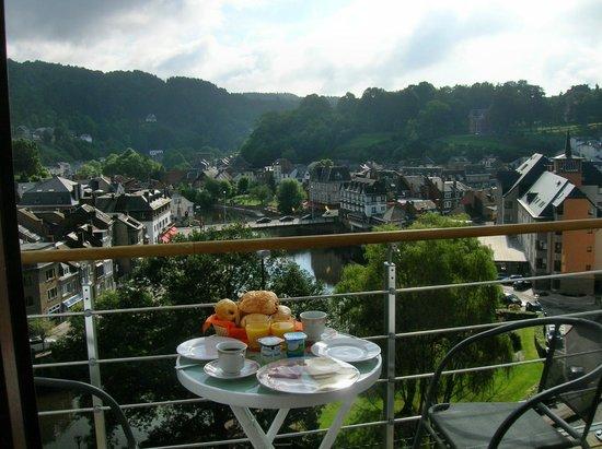 Le Corumont: ontbijt op eigen terras