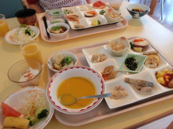 Okudogo Ichiyunomori: 朝食バイキングの一部