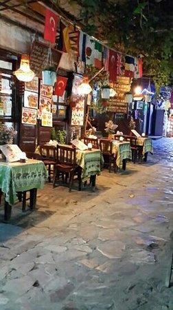 Unal Restaurant : ünal pide sirince