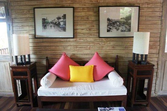 Buri Rasa Village Samui: The Library - interestinf 'old time Koh Samui' framed photos