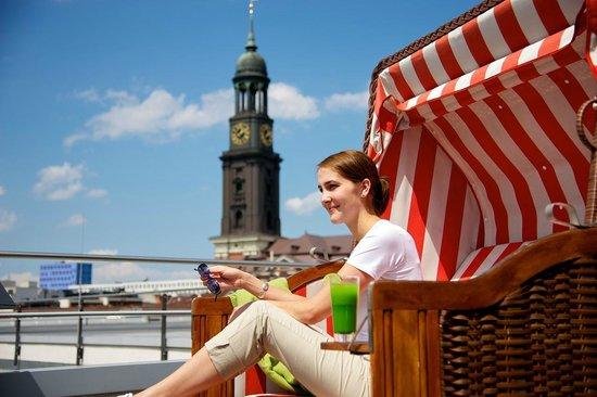 The Madison Hamburg: Penthouse Terrasse