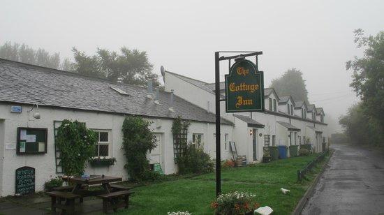The Cottage Inn: Exterior