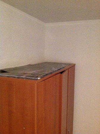 Pansion Breza: Closet