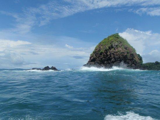 Hotel Bocas del Mar: Vista desde la lancha camino a Isla Bolaños