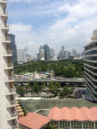 Dusit Thani Bangkok : Vista do quarto