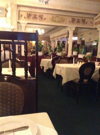 Restaurant Hermes Düsseldorf: Das Restaurant