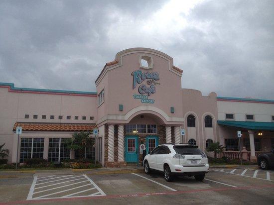 Rosa's Cafe & Tortilla Factory : Entrance