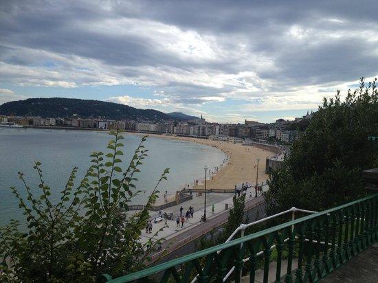 Barcelo Costa Vasca : San Sebastians strandpromenade