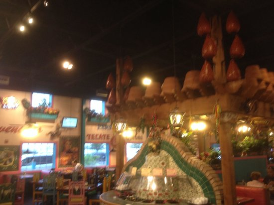 Rosa's Cafe & Tortilla Factory : Inside