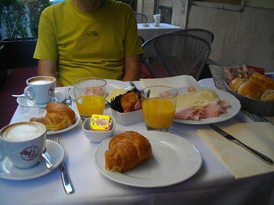Inn Spagna Charming House : Breakfast!