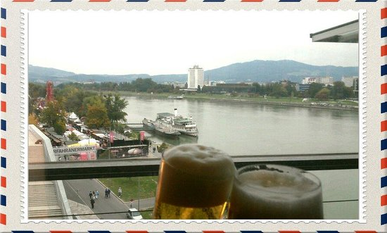 Cubus : Beer and view