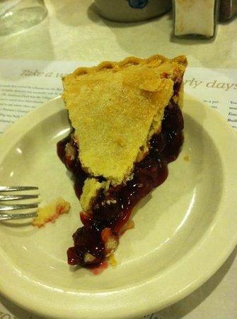 Old Post Office Restaurant: cherry pie!!