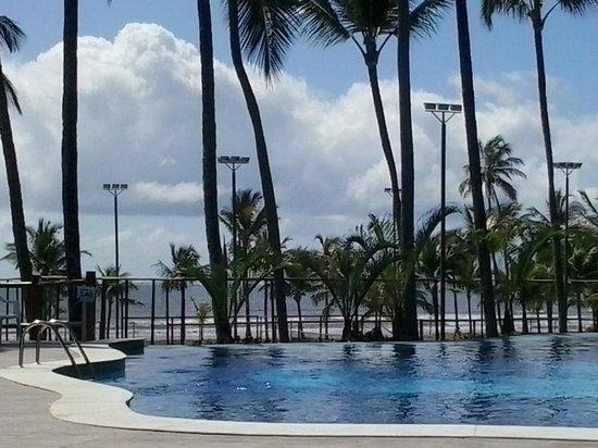 Cana Brava All Inclusive Resort: vista do quarto com saída para piscina