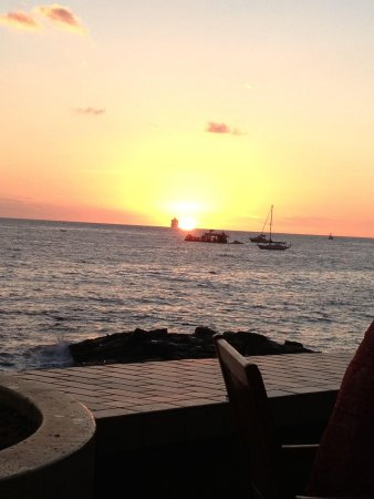 Don the Beachcomber: A view of the sunset at dinner