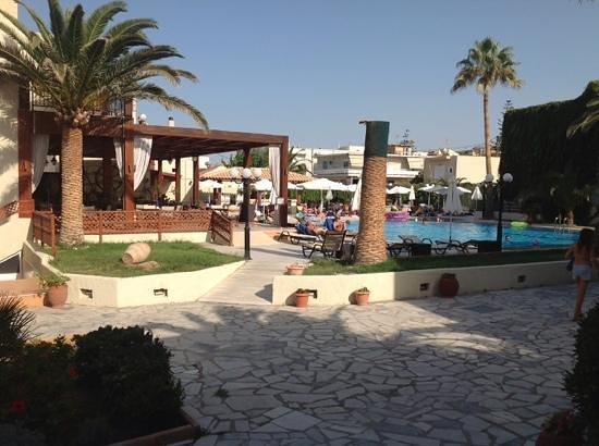 Atlantis Beach Hotel: uitzicht vanuit de kamer