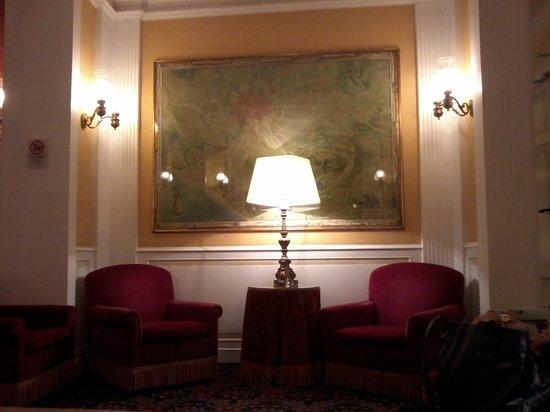 Bettoja Massimo D'Azeglio Hotel: salotti