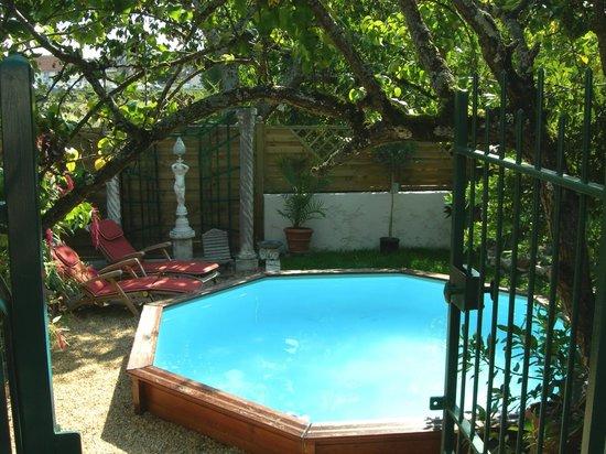 Courjumelle : Espace piscine