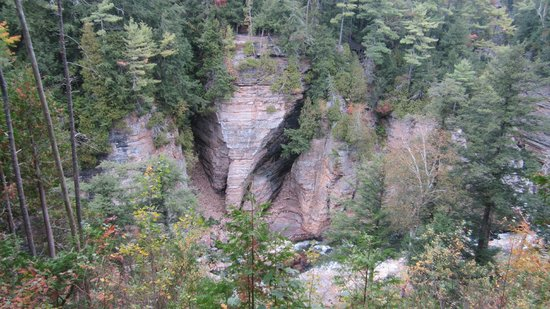 Ausable Chasm : View of Elephant Head