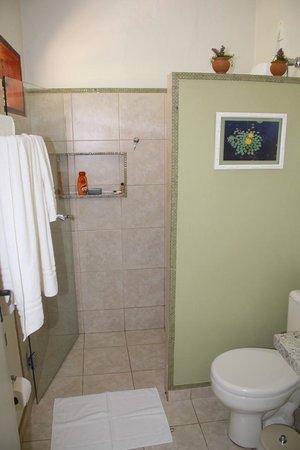 Refugio da Ilha Ecolodge: 2 ème chambre salle d'eau