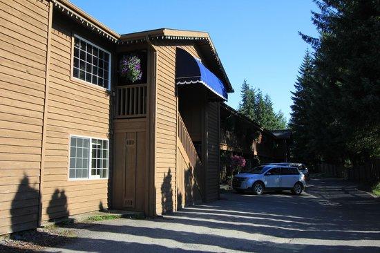 Best Western Country Lane Inn : Arrière de l'hôtel