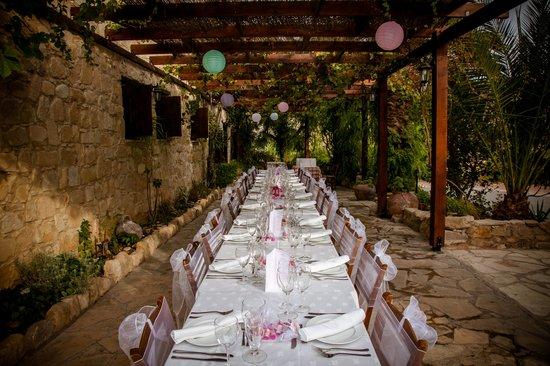 Vasilias Nikoklis Inn: Wedding table