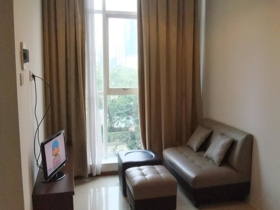 Thamrin Residence Condotel: Lake View Room 2/2
