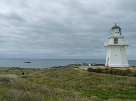 Waipapa Point Lighthouse: Stormclouds gathering in the distance.